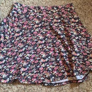 floral skirt, size medium